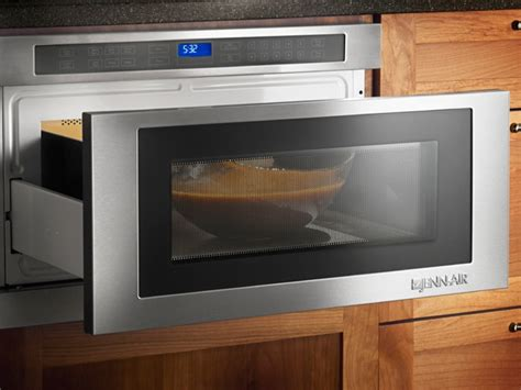 under cabinet microwave can i install a under cabinet microwave and above the