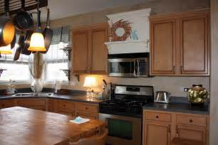 crown molding ideas for kitchen cabinets kitchen cabinet trim ideas 2017 kitchen design ideas