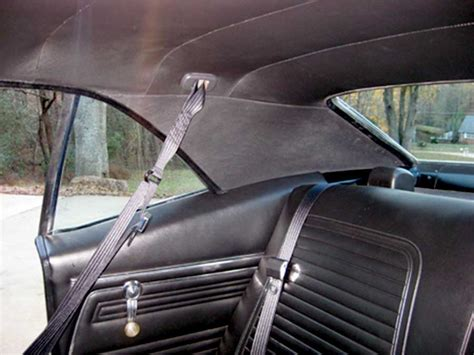 morris classic concepts   rear  point seat belt pair