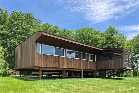 marcel breuer  stillman cottage wright auctions  art  design