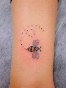 22+ Bumblebee Tattoo Images, Pictures And Ideas