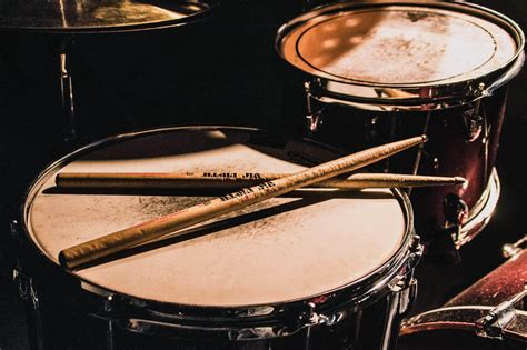 4 Best Drum Heads for a Long Lasting Drum Kit Ask Audio