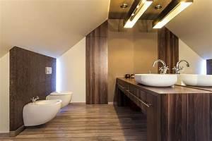Salle De Bain En Bois : miser sur le bois dans une salle de bain n est plus une folie ~ Teatrodelosmanantiales.com Idées de Décoration