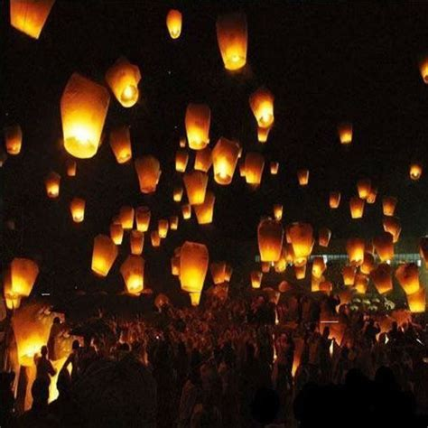 flying candles sky lanterns wholesale colorful wedding balloons flying paper sky lanterns paper wish floating sky
