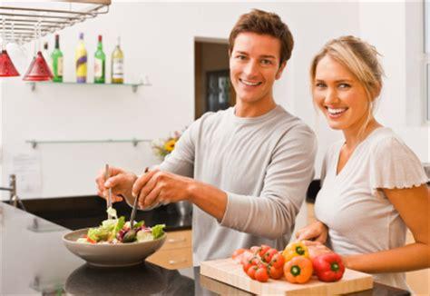 cuisiner maison l 39 importance de cuisiner des repas à la maison vidéo