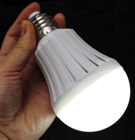 led rechargeable emergency light  watt energy saving