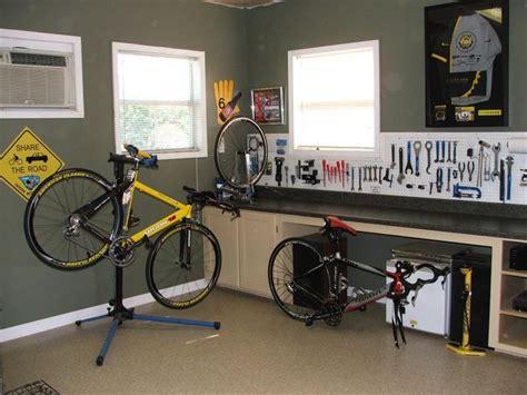 Garage bike shop | Bike room, Garage bike, Bicycle garage