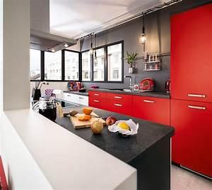cuisine americaine rouge cuisine de des style ikea rouge With meuble de cuisine en bois rouge 1 cuisine rouge 10 bonnes raisons de craquer marie claire
