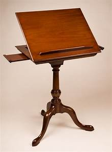 Reproduction, Reading, Stand