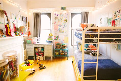 Small Space Living Tips For Kids Bedroom!  Love Tazalove