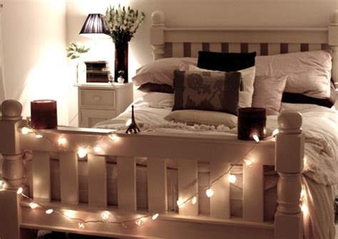 lights around bed 7 inexpensive ways to decorate your apartment or