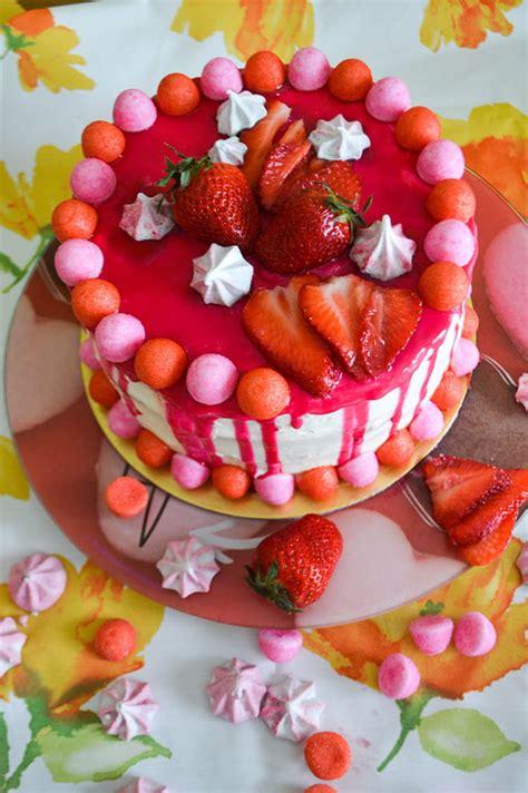 recette de layer cake vanille  fraises