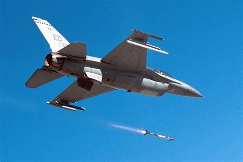 Raytheon awarded contract modification for AIM-9X missiles