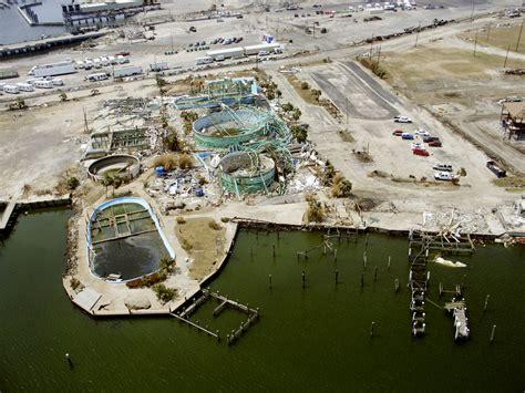File:US Navy 050909-N-0000X-001 Hurricane Katrina storm ...