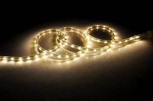 Ruban Led Pas Cher : un ruban led pas cher pour encadrer un miroir dans la ~ Melissatoandfro.com Idées de Décoration