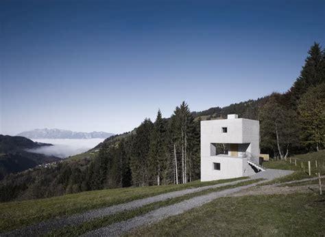 cubic concrete mountain cabin  martemarte architekten