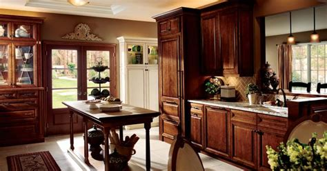 Kraftmaid Bathroom Cabinets Catalog by A Large Kraftmaid Kitchen With Many Traditional Details