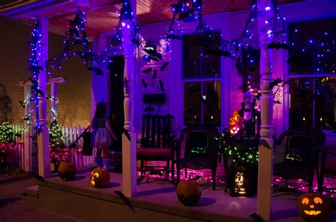 complete list of decorations ideas in your home - Halloween Lights Decorations