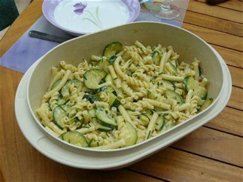 recette de pate au courgette recette m 234 li m 234 lo de p 226 tes et courgettes 750g