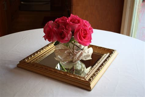 Adorable Mirror Center Pieces Featuring White Floating