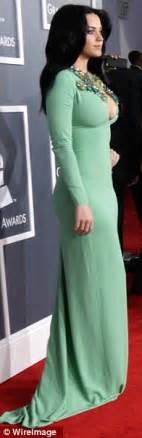 GRAMMYS 2013: Even Elton John can't stop staring as Katy ...