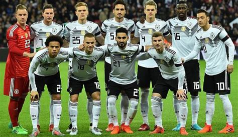 You made this unbelievable time possible for me! DFB-Team - Seite 1