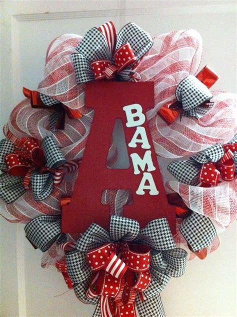 Football Wreath Decorations - best 25 football team wreaths ideas on