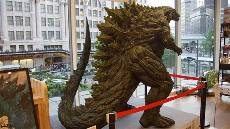 Godzilla(2017) Right Rear View In Namba Marui August
