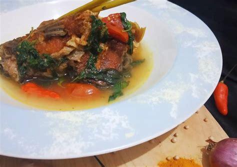 Tes rasa, tambahakan garam, gula dan kaldu jamur sesuai selera. Resep 58. Ikan Patin Bumbu Kuning oleh Ratih ...