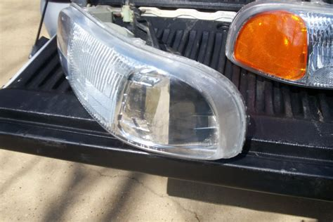 how to remove 2009 gmc headlight cawnetorg autos post