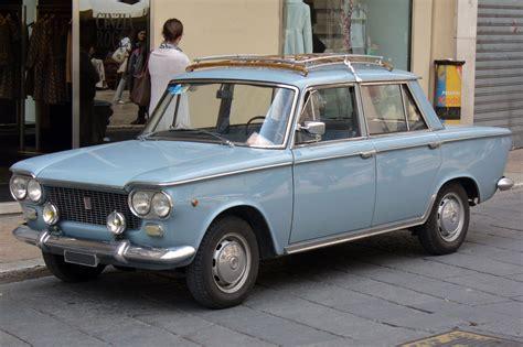 File:Fiat 1500.JPG - Wikimedia Commons