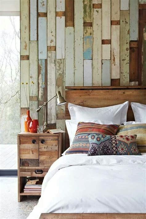 rustic bedroom decorating ideas reclaimed wood walls wooden headboards  rustic bedrooms