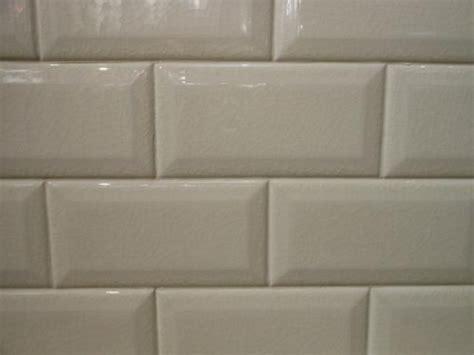 biscuit subway tile 3x6 beveled crackled subway tile adex hton bone
