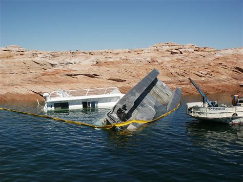 Lake Mead Houseboat Rentals by Lake Powell Houseboat Rentals