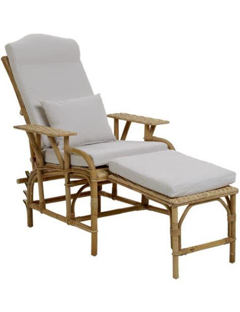 coussin pour chaise rotin coussin pour la chaise longue en rotin kok