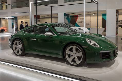 Porche Car :  Dwight Howard's Black Porsche Panamera