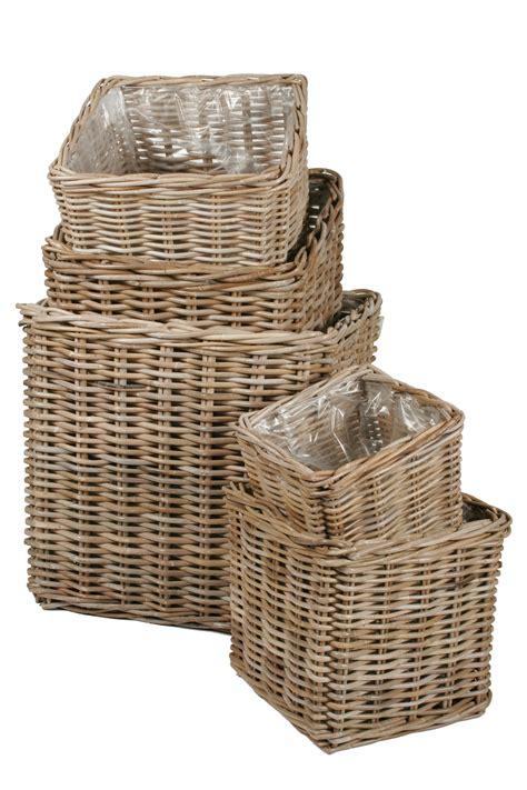 cache pot en rotin cache pot rotin carr 233 poterie cache pot osier boutique d 233 coration et am 233 nagement jardin