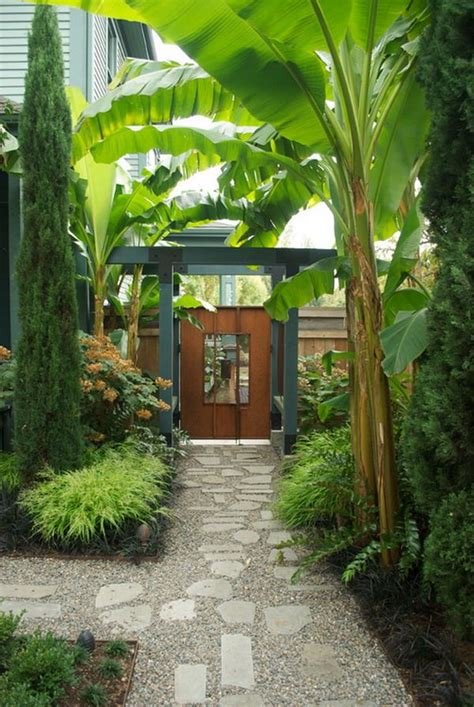 tropical patio tropical garden flowers the modern and the classic style of the landscaping pinterest