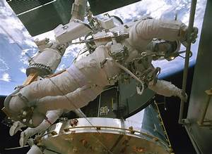 """IMAX's Hubble Reminds Us What """"Awesome"""" Means 