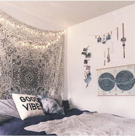 pin  idk  rooms cool dorm rooms cute dorm rooms