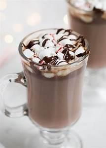 5-Ingredient Homemade Hot Chocolate - I Heart Naptime