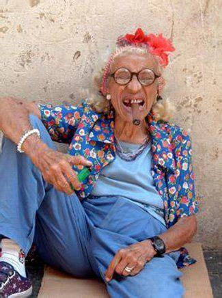 Funny Old People | Funny old people, Weird people pictures ...