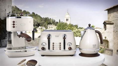 Delonghi Icona Vintage Kettle & Toaster Set Cream