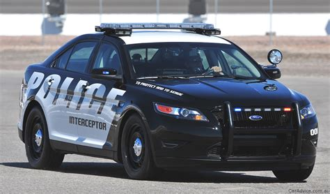 Us Police Stock Up On Ford Crown Victoria, Shun Chevrolet