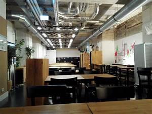Generator Berlin Mitte : generator hostel berlin mitte meal zone hostel generator berlin mitte berlin mitte ~ Frokenaadalensverden.com Haus und Dekorationen