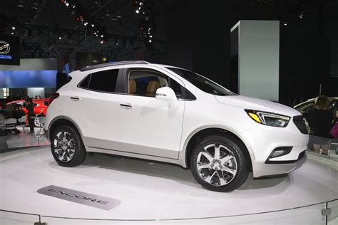 2017 buick encore flaunts its more mature looks on ny show