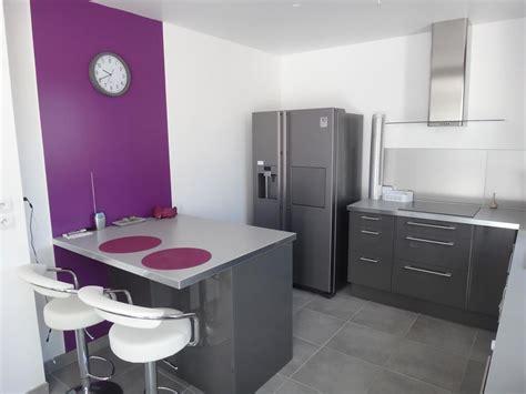 decoration des petites cuisines les decoration des cuisines image cuisine violette