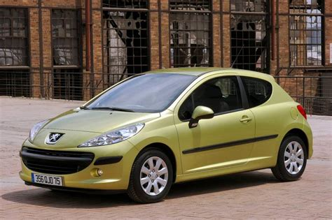 Peugeot 207 Review by Peugeot 207 2006 2009 Used Car Review Car Review