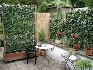 Sichtschutz Aus Pflanzen : sichtschutz f r balkon und hof planungswelten ~ Michelbontemps.com Haus und Dekorationen