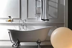 Baignoire D Angle Pas Cher : baignoire retro sur pied pas cher maison design ~ Dailycaller-alerts.com Idées de Décoration